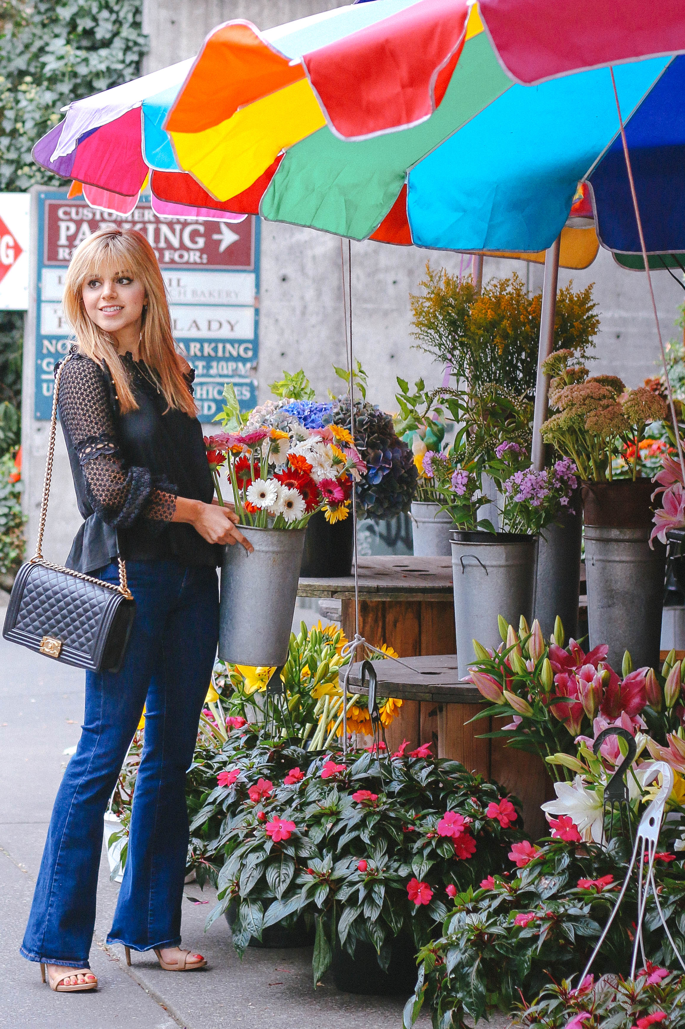 Amanda from Fashion to Follow at the Seattle flower shop
